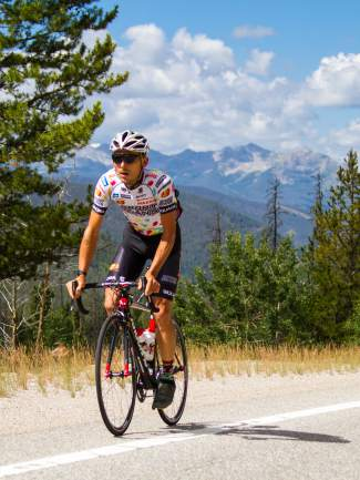 Angus Morton of Jelly Belly-Maxxis grinds up the Category 2 climb from Keystone to Arapahoe Basin, featured in Stage 2 of the 2015 USA Pro Challenge on Aug. 18.