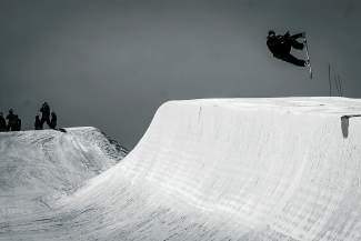 Nate Dogggg in the Breckenridge halfpipe.