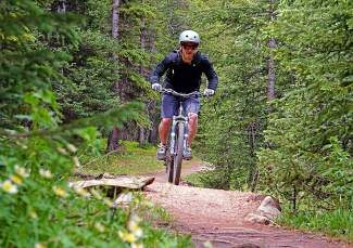Summit County Bike Guide: Boreas Pass to Bald Mountain lunch loop (video)