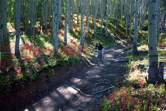 Summit County Bike Guide: South Rainbow Trail (video)