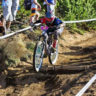Summit's Leigh Bowe tackles the singletrack during an enduro race in Argentina in 2015.