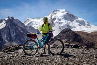 Summit local Nate Hills in the Bolivian Andes during a recent nine-day bike trip with a small group of pro athletes. Hills rode a Yeti SB5.5c with 40 pounds of gear during the trek, which took the crew on unmapped passes between 15,500 and nearly 18,000 vertical feet.