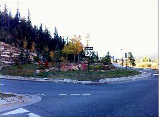 The roundabout at the north end of Breckenridge is in need of a sculpture to welcome visitors to town.