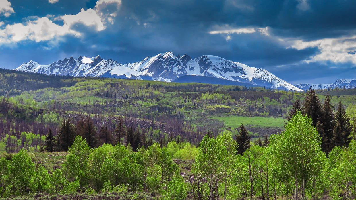 Lower Blue River Valley north of Silverthorne, Gore Range.