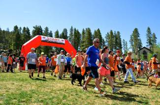 After the countdown, the crowd began its march through the streets of Breckenridge. This group walked a 5k, taking to the trails as well as hitting town.