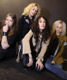 Lez Zeppelin, and all-girl Led Zeppelin tribute band, headlines this week's Bud Light Street Beat concert. The music starts at 6:30 p.m. Thursday.