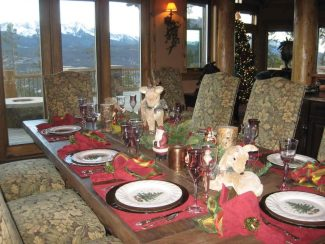 Special to the DailyDomus Pacis Family Respite, a local nonprofit that uses loaned homes to provide a week of rest and relaxation for families of loved ones affected by cancer, will host 'Home for the Holidays,' a tour of seven high-end Breckenridge homes decorated for the holidays, on Saturday.