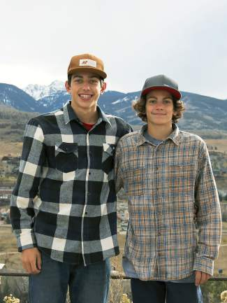 Brothers Grifen (left) and Blake Moller with Team Summit.