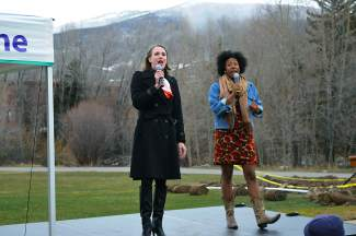 Kelly Renoux and Nina Waters perform in Silverthorne in celebration of the new Performing Arts Center.
