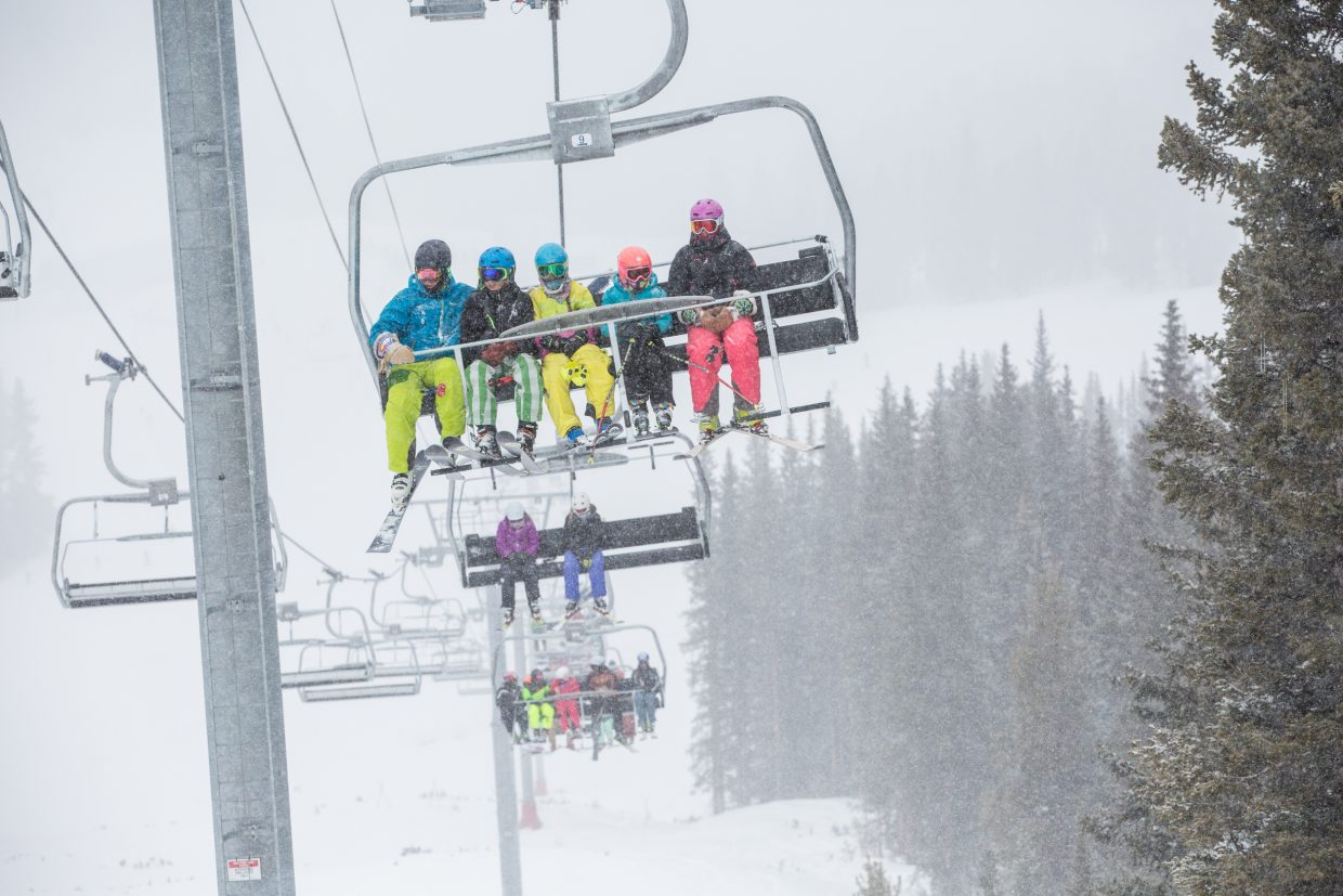 Vail gives up lift tax proposal town resort company for Chair 4 cliffs vail