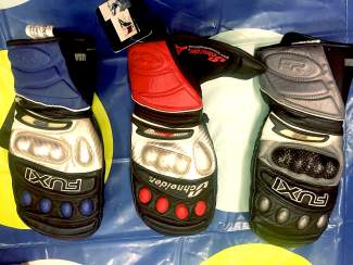 Fuxi Racing alpine downhill ski mitt.