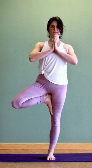Tree pose for Nordic skiers.