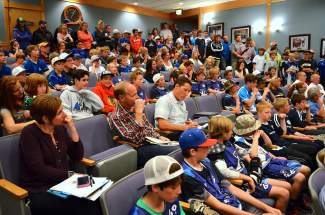 Pretty please? More than 100 athletes from local youth hockey, baseball and soccer teams dropped by the Breckenridge Town Council chambers to urge the council to install a dome over the Kingdom park fields, shot at @summitdaily