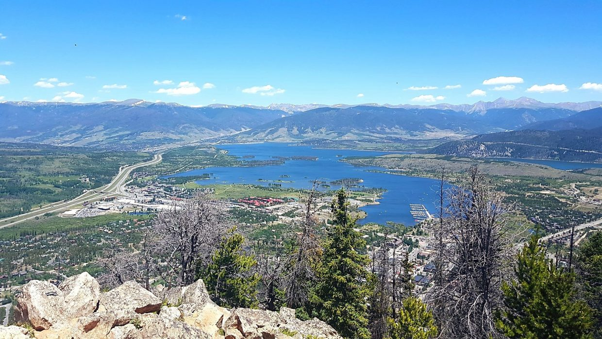 The stunning panoramic view from the top of Mount Royal, a relatively short (yet steep) hike found 10 minutes from Main Street Frisco. The trail is one of several neighborhood hikes in the area, along with Rainbow Lake and Masontown Trail.