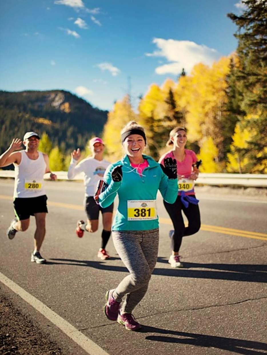 Heather Kopsky (center) at the Breckenridge Rorad Marathon in September.