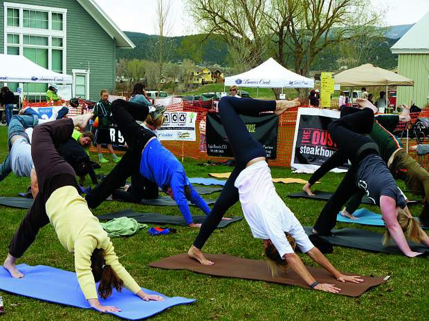 Eagle Yogafest participants line up for an outdoor class.