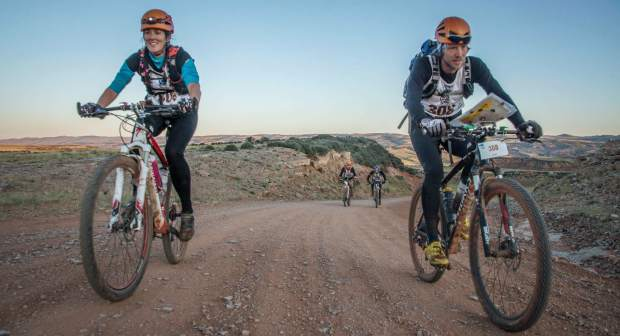 Whitney (left) and Olof Hedberg on the bike course at a recent multi-day expedition race. The Summit locals and Nordic coaches train year-round for expedition races in Wyoming, New Mexico, Belize and New Zealand.