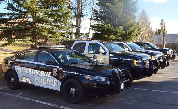 Silverthorne pd hunting for armed man who posed as a for Elk mountain motors glenwood audi