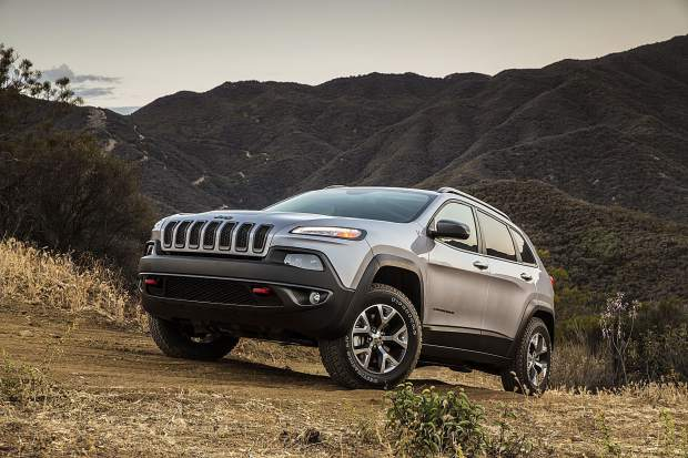 Mountain Wheels: Options grow for the not-so-small Jeep Cherokee (column)