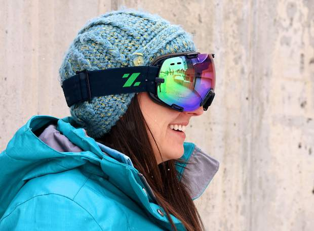 b6b29ffdb9 High Gear  Zeal Voyager snowboard goggle review