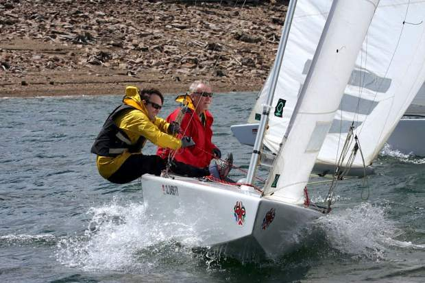 Take 5: After 45 years racing Stars, a Dillon Open skipper switches to Ensigns for the 2017 regatta
