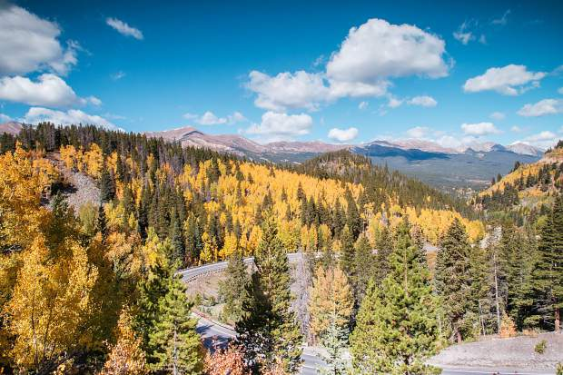 On and around Boreas Pass on the south side of Breckenridge is a prime viewing area for leaf peeping. Boreas Pass is open for vehicles in the summer, or park at the end and hike up the road for views of the town and ski area.