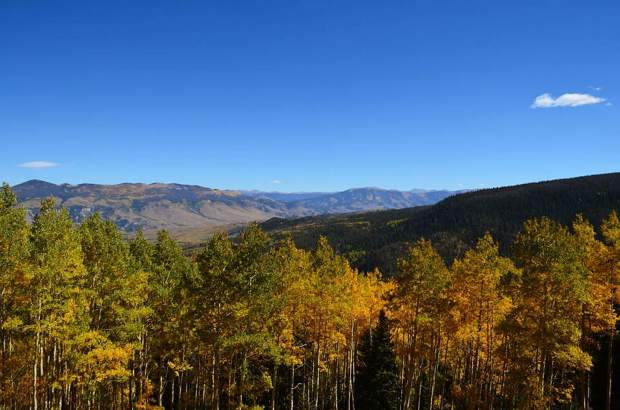 View of the Blue River Valley from Surprise Eagle loop outside of Silverthrone, CO.