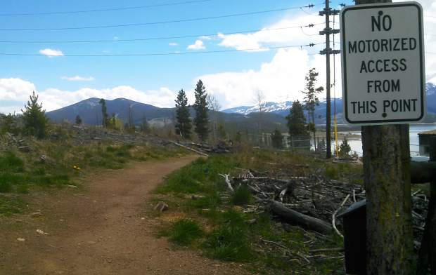 The entrance to Oro Grande trail, found off Lake Dillon Drive above an old municipal water tank.