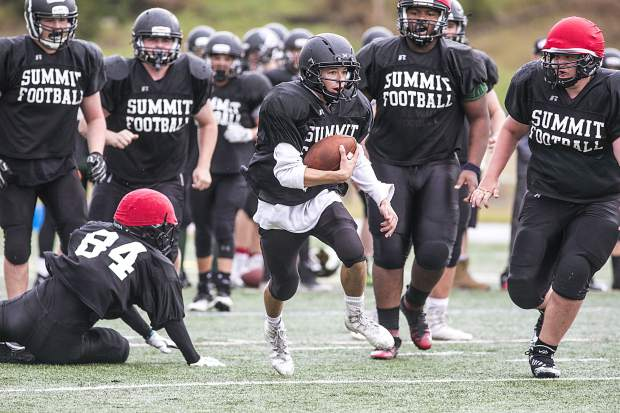Tigers on tap: After extended preseason, Summit football ...