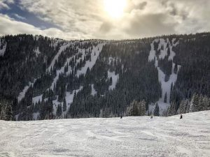 Breckenridge Ski Resort extends ski season through Memorial Day for first time since '90s