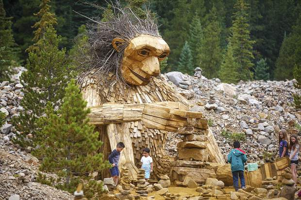 Breckenridge, artist reach agreement on troll sculpture
