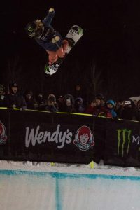 Chloe Kim takes gold in lackluster women's snowboard superpipe contest