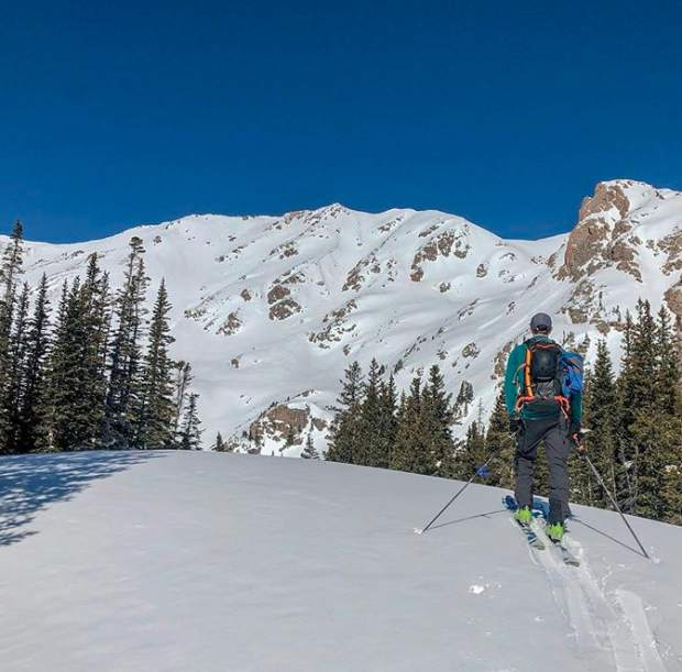 #ExploreSummit: Spring skiing