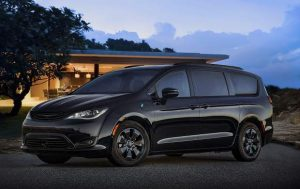 Mountain Wheels: Chrysler's Pacifica Hybrid, 300 sedan show enduring style
