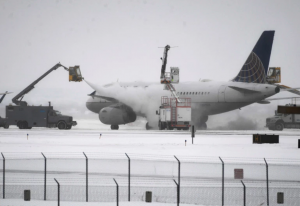 Airlines canceling flights out of Denver on Wednesday ahead of expected blizzard