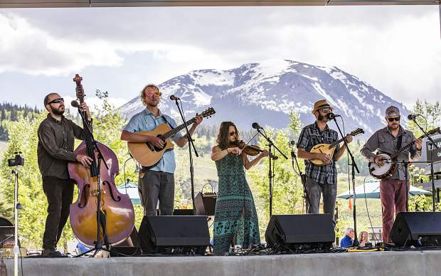 The Shaky Hand String Band will play at Prosit in Frisco Sunday night.