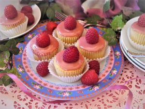High Altitude Baking: Raspberry-lemon mini cakes bring spring flavor