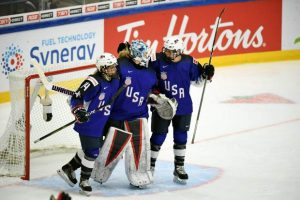 USA edges Canada 3-2 at women's hockey worlds in Finland