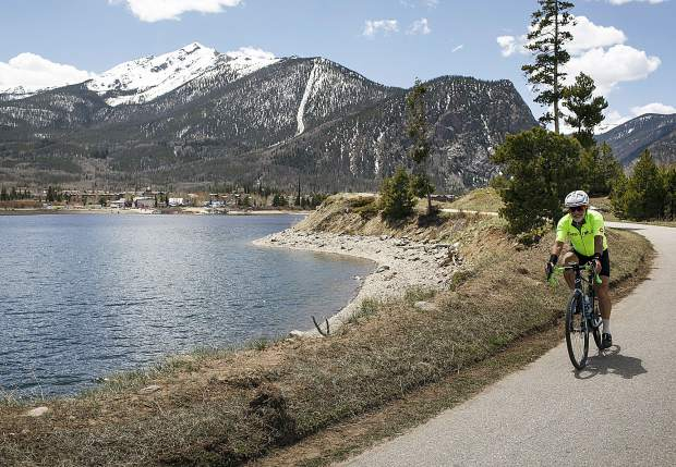 Silverthorne councilman says allowing e-bikes on Summit Recpath is 'irresponsible'