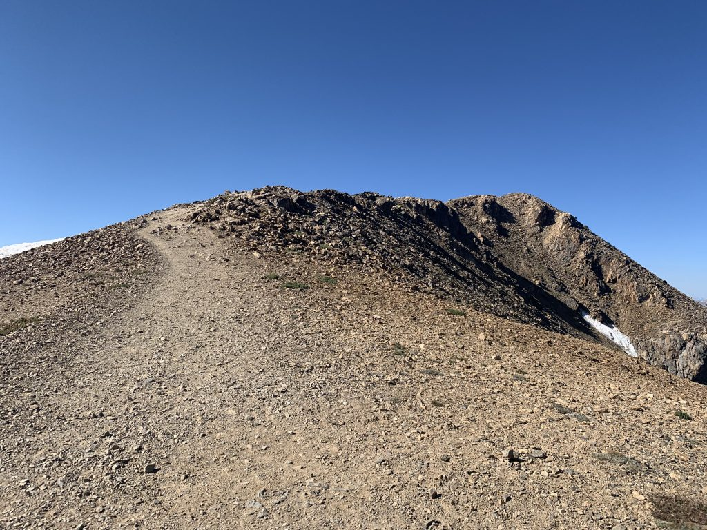 The trail all the way up to the summit of Mount Elbert along the mountain's northeast ridge.