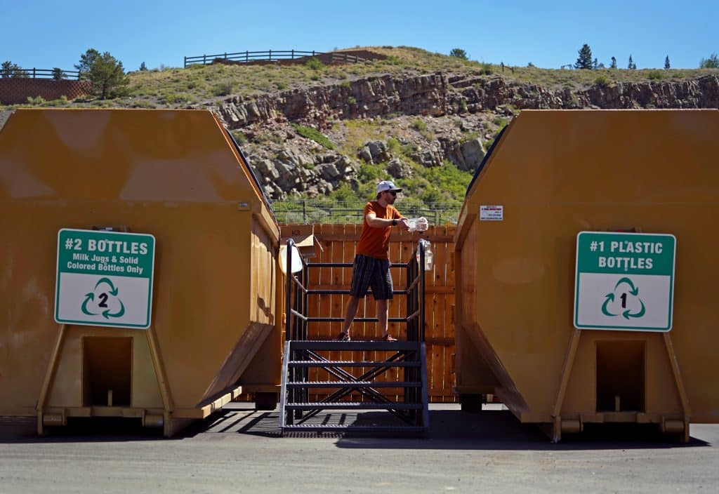 When you recycle correctly, you're helping Summit County work toward its goal of diverting 40% of waste from the landfill by 2035.